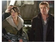 Land of the Dead Movie Stills: Asia Argento and Simon Baker