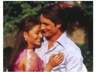 Bride and Prejudice Movie Stills: Aishwarya Rai and Martin Henderson