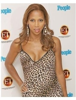 Entertainment Tonight and People Magazine Celebrate The 57th Annual Emmy Awards Party Photos: Holly Robinson Peete