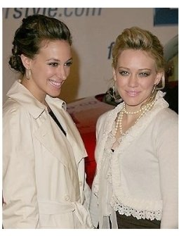 Ten/GM RC: Hilary and Haylie Duff