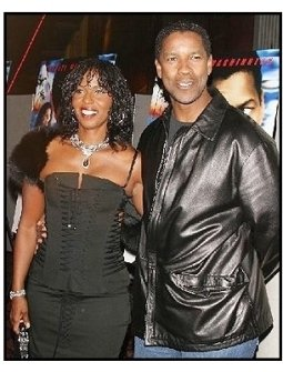 """ONE TIME USE ONLY:Denzel Washington and Pauletta at the """"Out of Time"""" Premiere"""