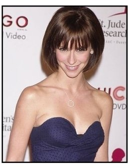 """Jennifer Love Hewitt at the 2nd Annual """"Runway for Life"""" Celebrity Fashion Show"""