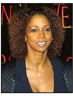 "ONE TIME USE ONLY ""Tears of the Sun"" Premiere Photo: Holly Robinson Peete"
