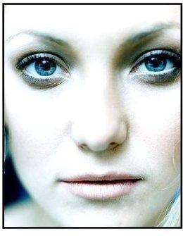 Kate Hudson spotlight photo 6