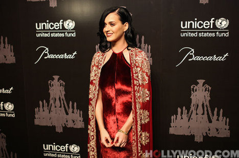 UNICEF Snowflake Ball, Katy Perry