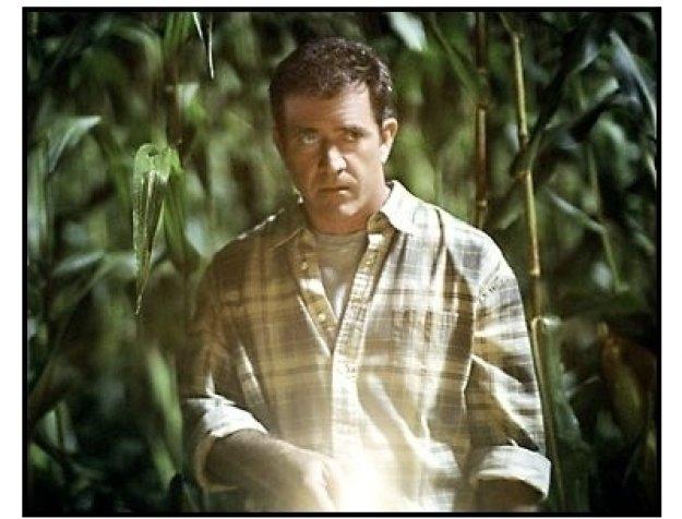 Signs movie still: Mel Gibson is Graham Hess
